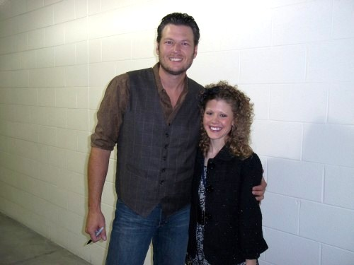 Farm Girl With Curls Interviews Country Music Stars (2/6)