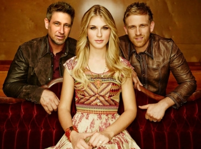 The-Henningsens-CountryMusicIsLove-2
